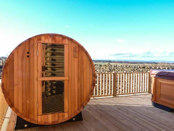 barrel-sauna-log-cabin