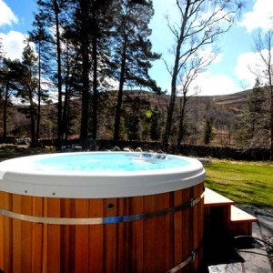 Log cabins with hot tubs in scotland view book online Log cabins with hot tubs scotland