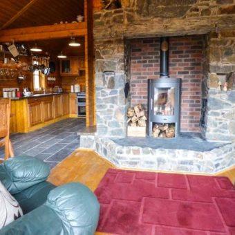 bothy-cabin-wales-5