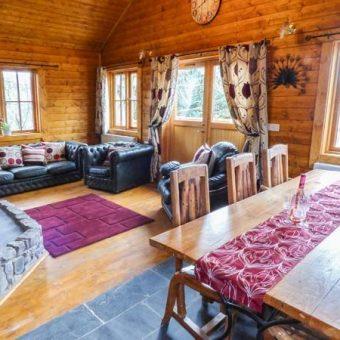 bothy-cabin-wales-8