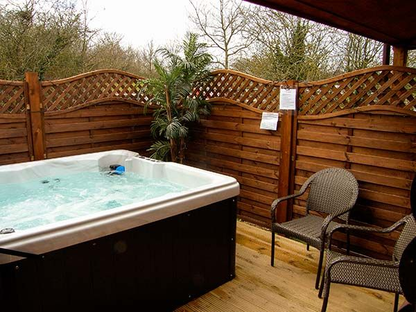 Roe Lodge Rhyl Log Cabins With Hot Tubs